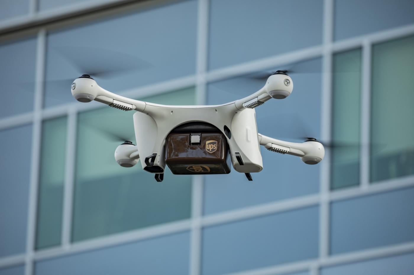 物流業打空戰!UPS成立無人機子公司,預計年底展開空中快遞