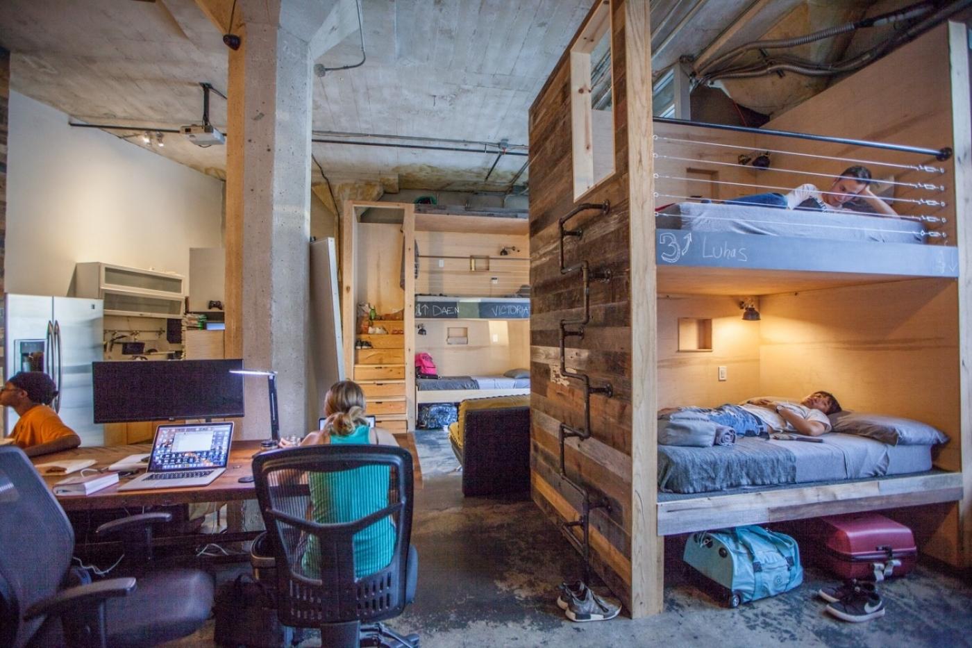 一個床位月租3萬7千元!PodShare天價租金為什麼還能一上線就破9成預訂?