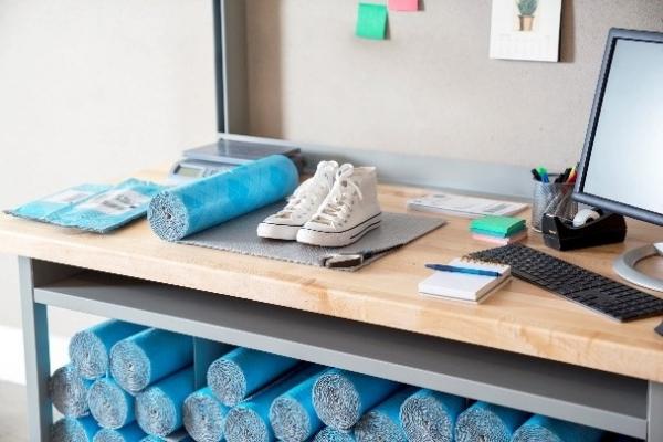 革命性发明!3M新品取代「纸箱」,免胶带、省空间的聪明包装