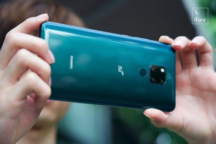 5G不只是網速快!看中國5G讓智慧型手機更「清爽」的標配