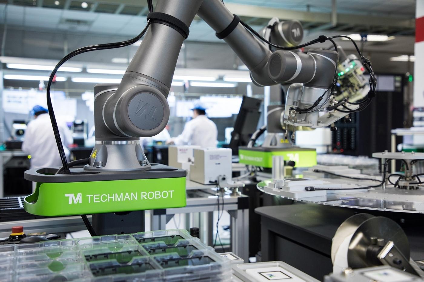 打造機器人指尖的觸覺!2019年工業界最關心兩件事