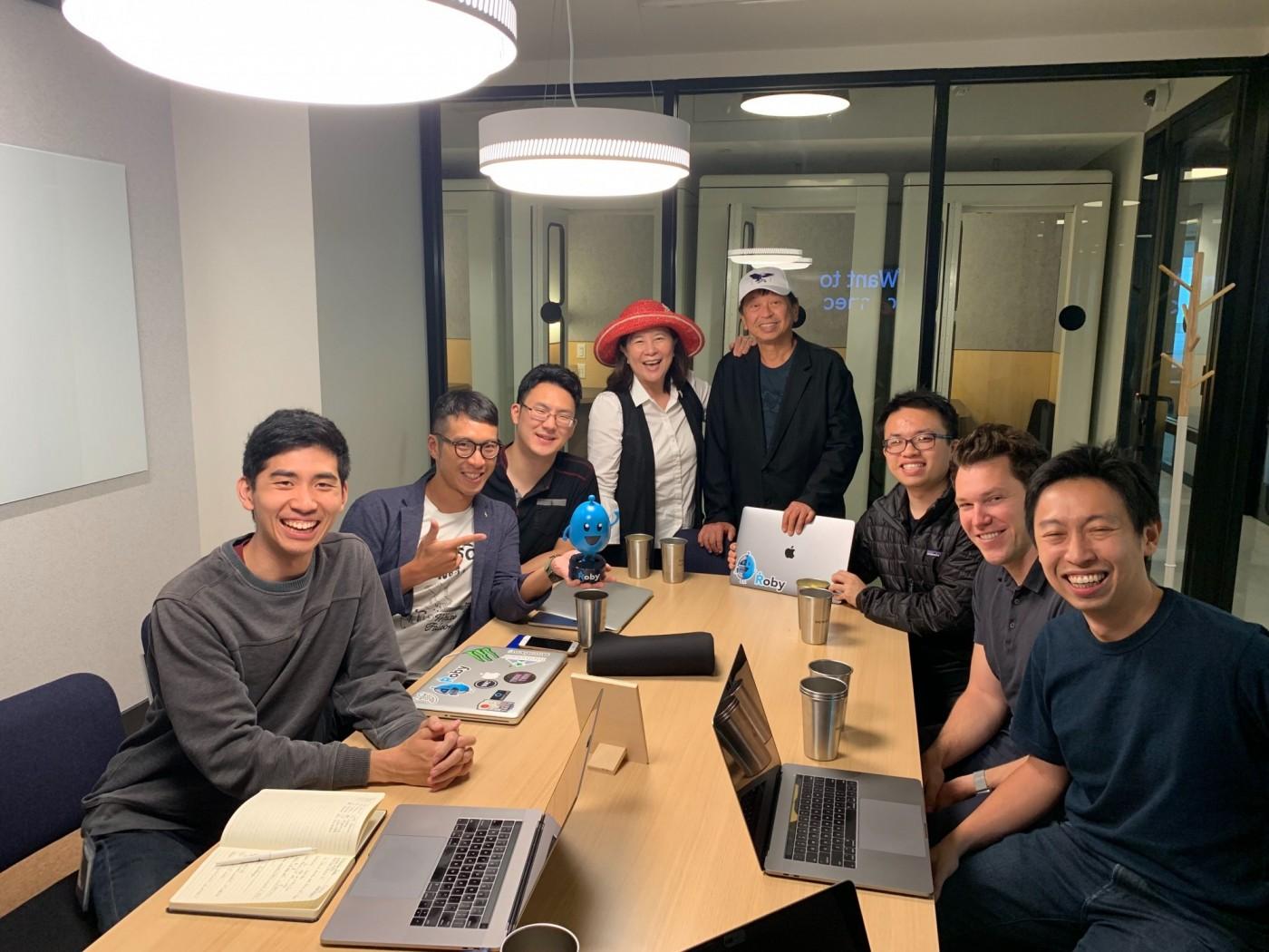 易邁捷》研發「智慧辦公室軟體Roby」 開啟辦公室智慧化商機