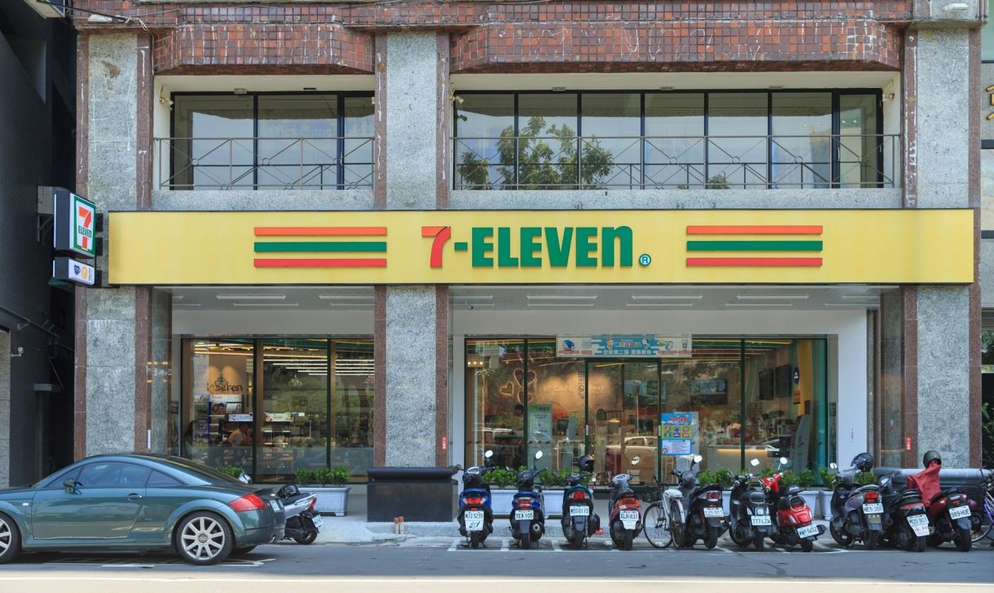 超商大戰!7-11狂推10種複合店,「Big7」店型最吸金