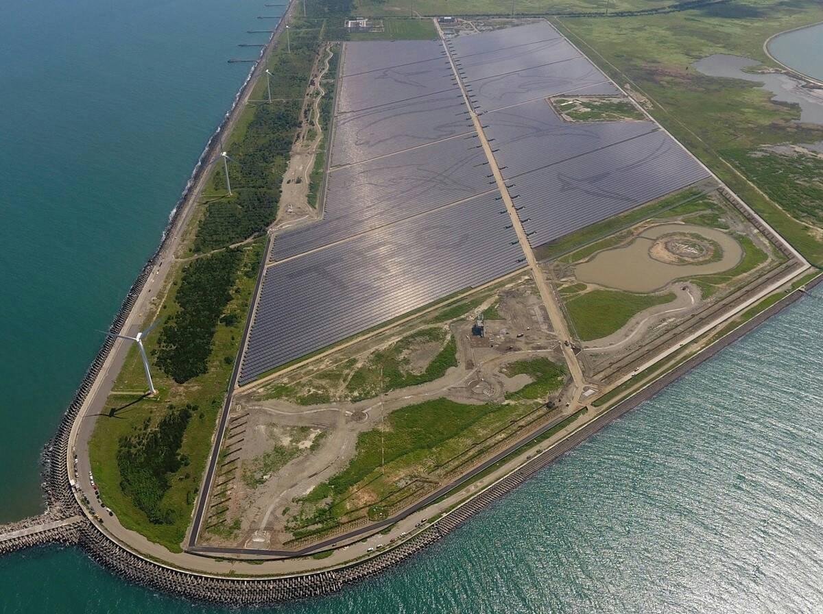 企業急買綠電,台電釋8.4億度當大盤商!對民間售電業是好事嗎?