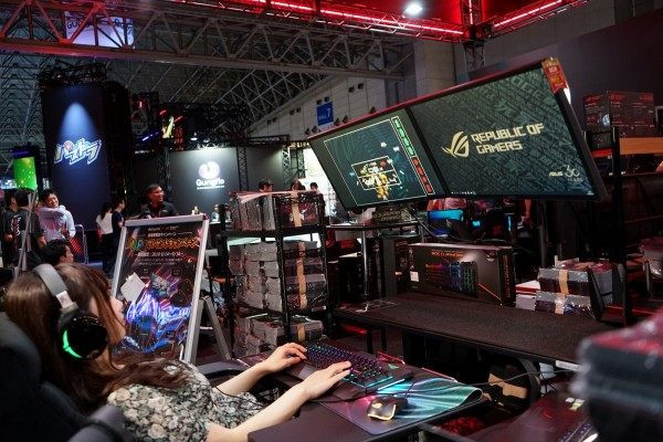 東京電玩展ROG玩家共和國隆重登場,為玩家打造16種不同的電競祕密基地情境體驗.JPG