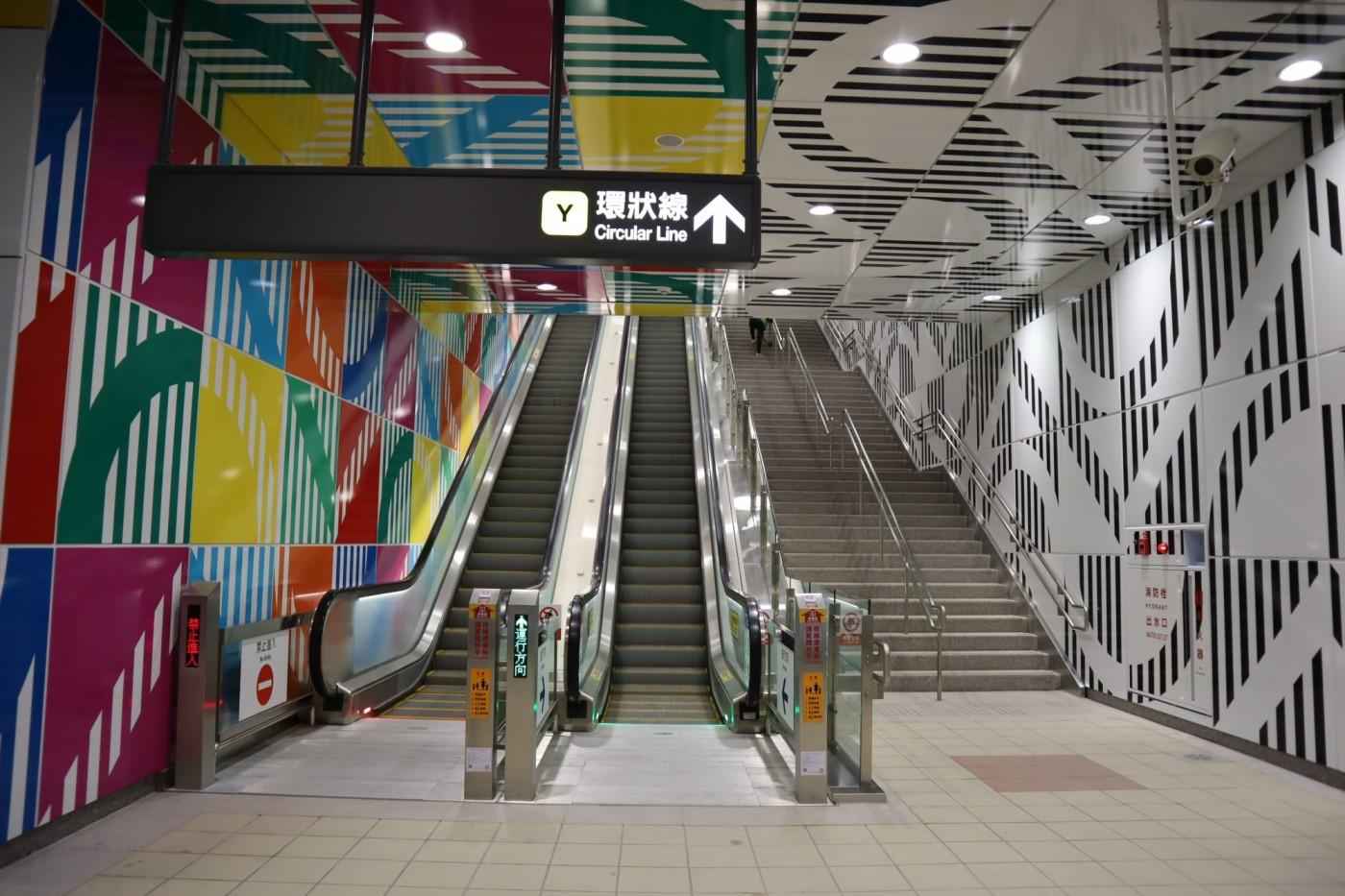 通勤族再等等!新北環狀線年底無法通車,這條蓋了10年的捷運特別在哪?
