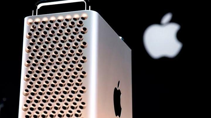 找來前任飛行員擔任設計總監,蘋果最強性能電腦Mac Pro為什麼長得像「刨絲器」?