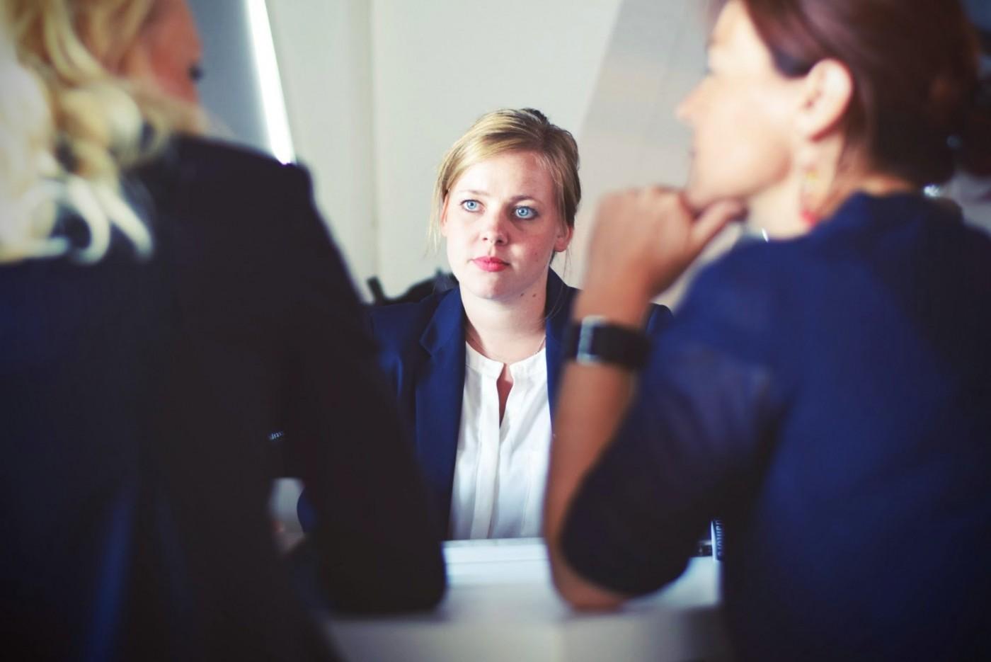 金飯碗不再風光?銀行發展FinTech隱憂:年輕員工低報到率、高離職率