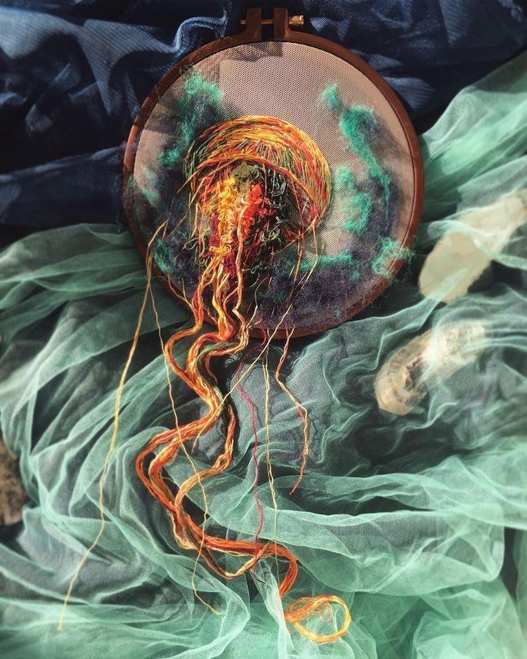 img 1581407905 29711@900 - 恍如梦境的水母刺绣!结合刺绣、针毡、串珠技法,展现水母的自在悠然