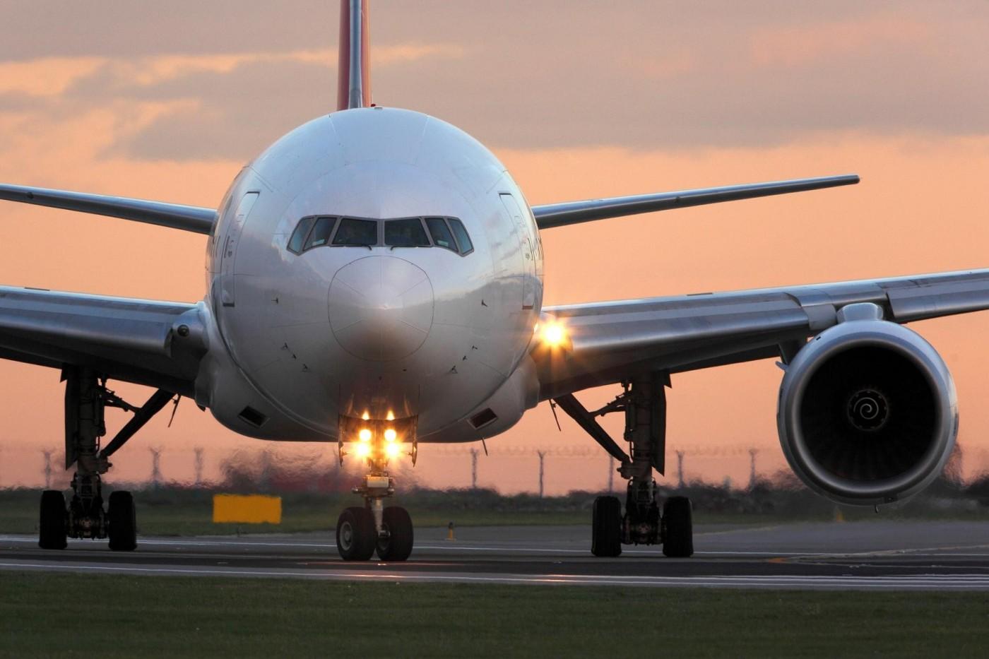 一週取消2.5萬航班!航空產業恐面臨整併潮,何時復甦全看V形曲線