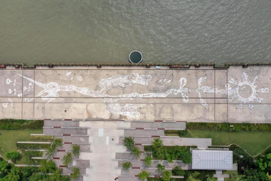 img 1584516611 57092@900 - 用泥土画下动植物!日本艺术家浅井裕介壁画创作,打造远古神话场景