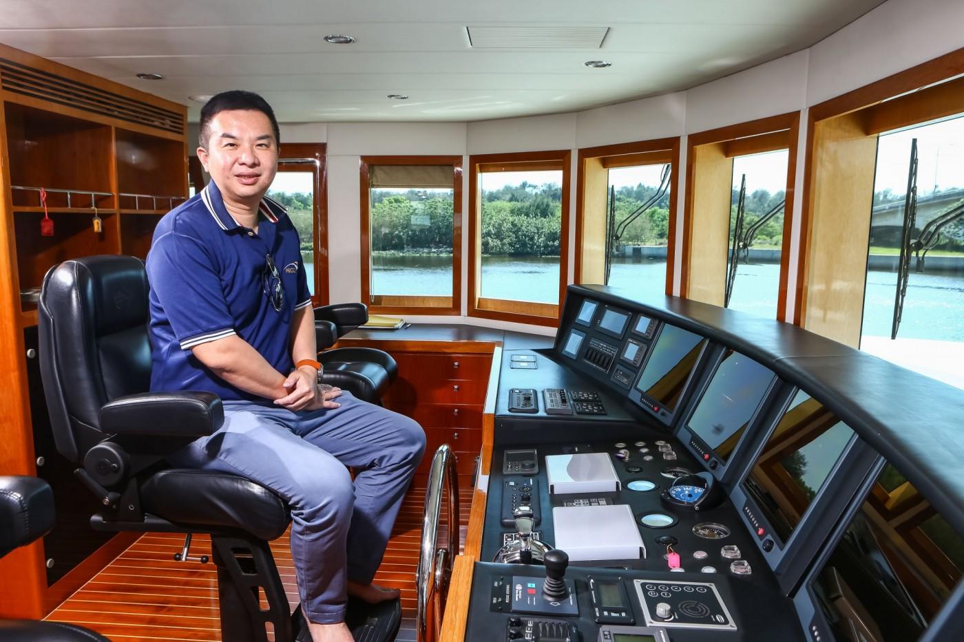 月賠300萬也要買!遊艇大亨侯佑霖當上燦星旅董事長,在打什麼算盤?