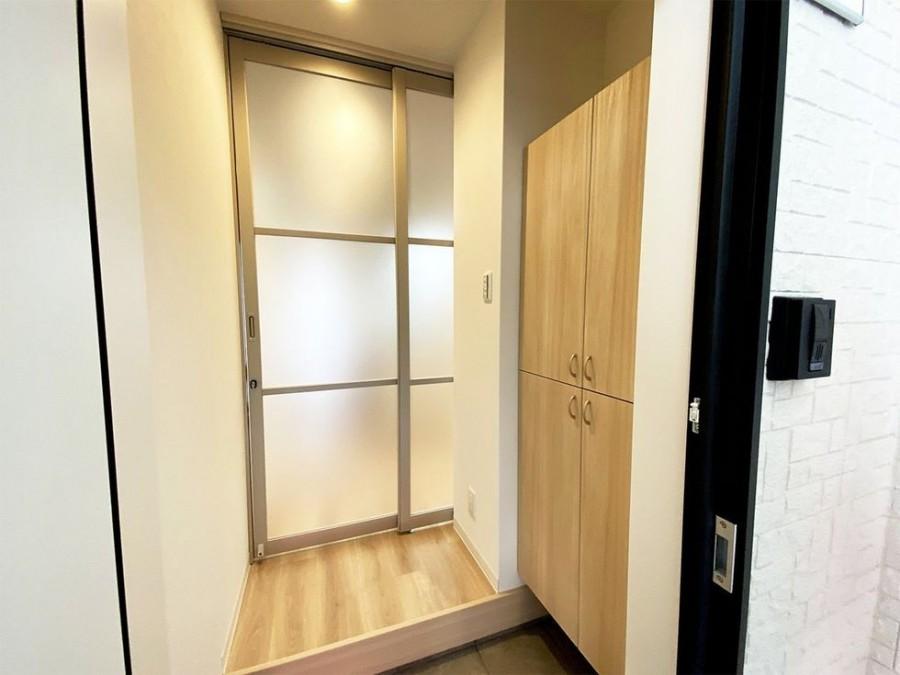 "img 1589786182 23461@900 - 最""猫性化""的公寓!玻璃猫咪步道、木质猫跳台,日本打造猫奴专属公寓"