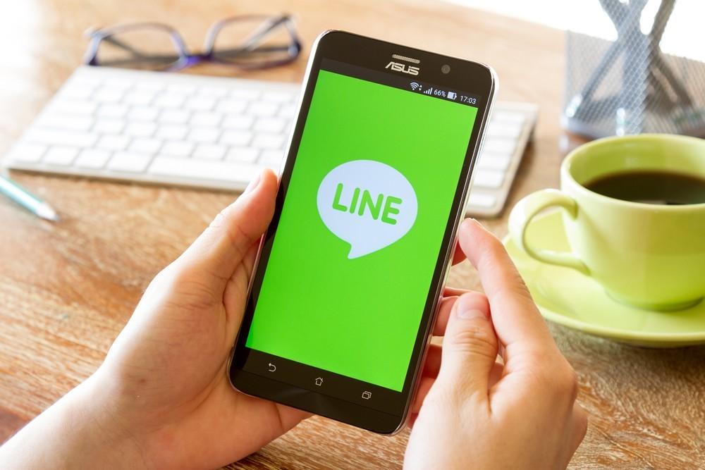你傳的訊息會被 LINE 看光光嗎?從通訊軟體的隱私議題,看中心化解法的極限