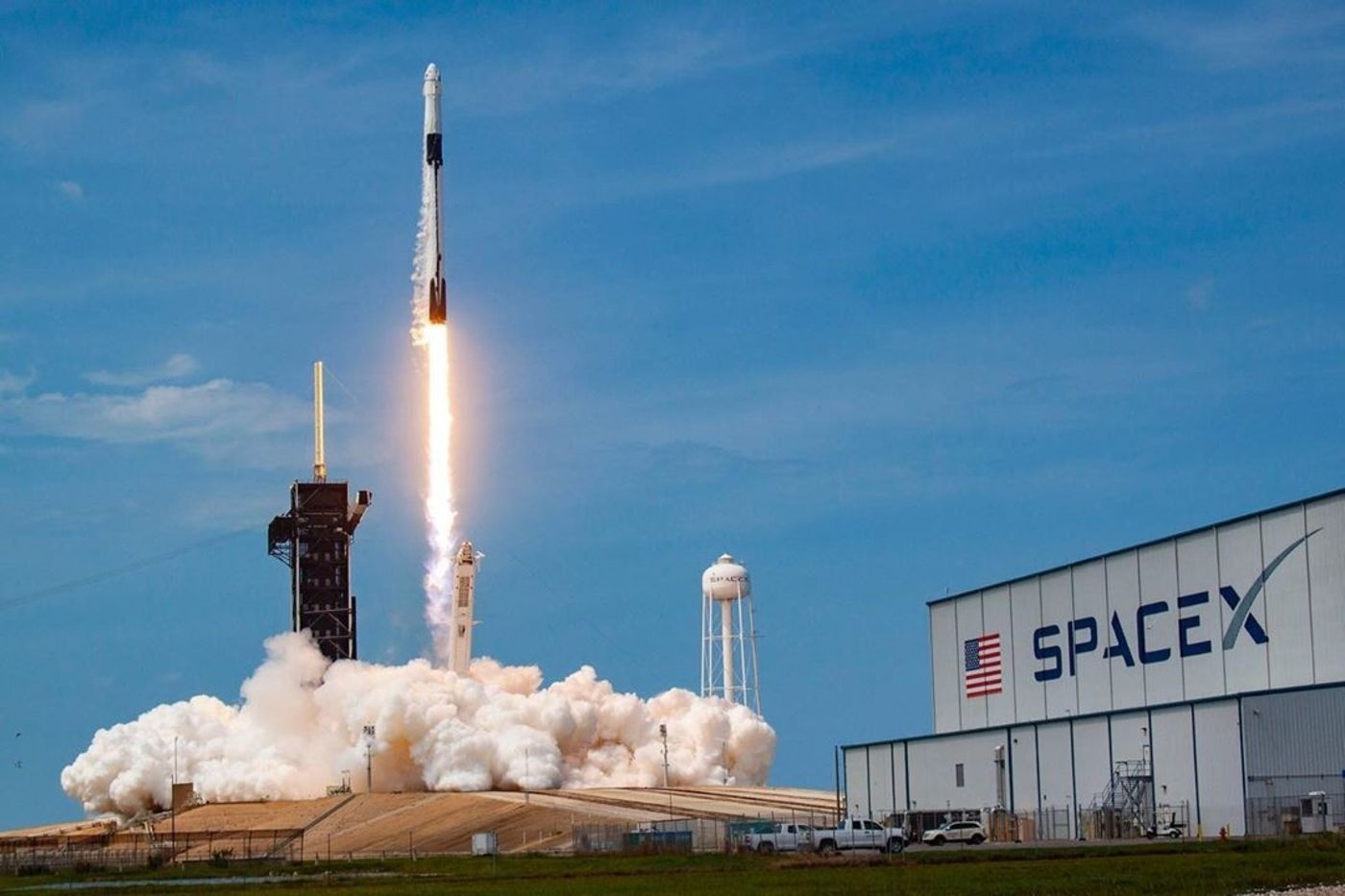 SpaceX投資人看馬斯克:或許不是合格的CEO,但是一個真正的夢想家