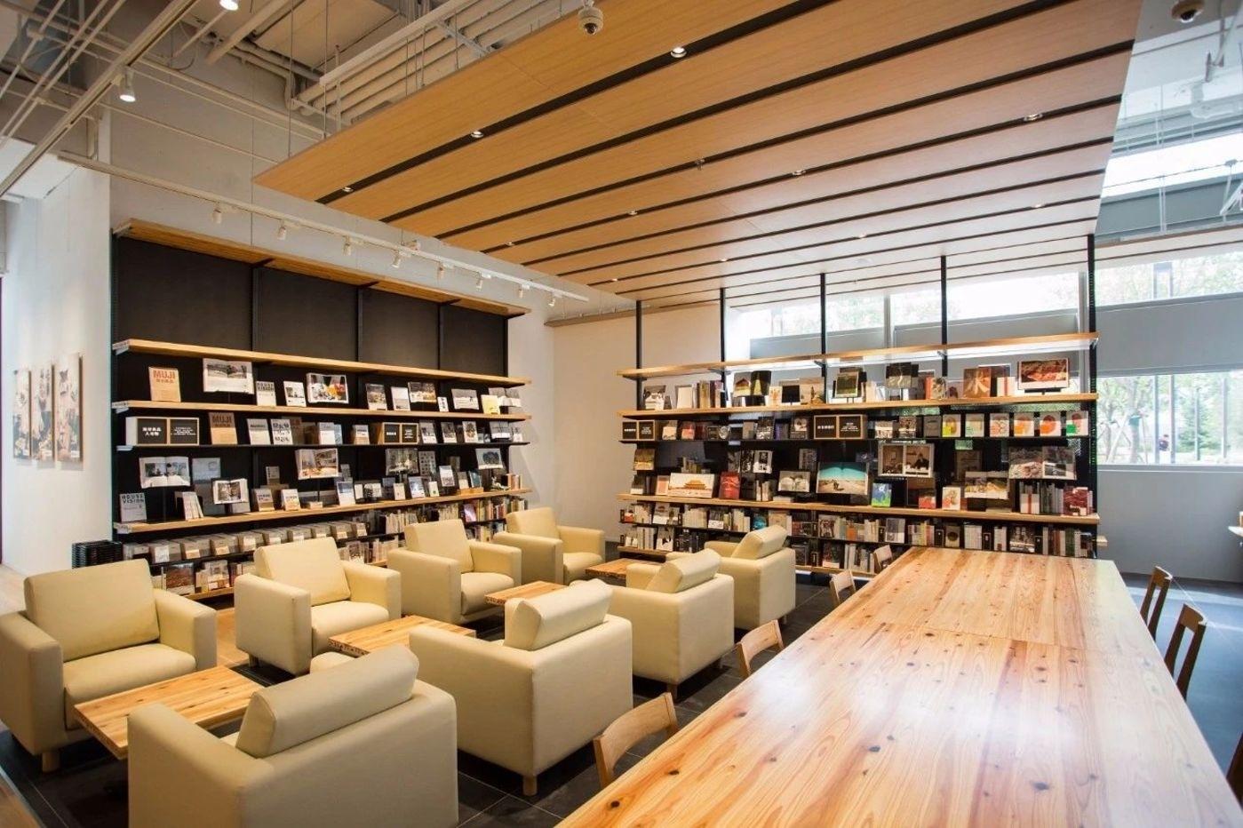 無印良品開了一間大雜燴「便利店」,它的新零售想像是什麼?