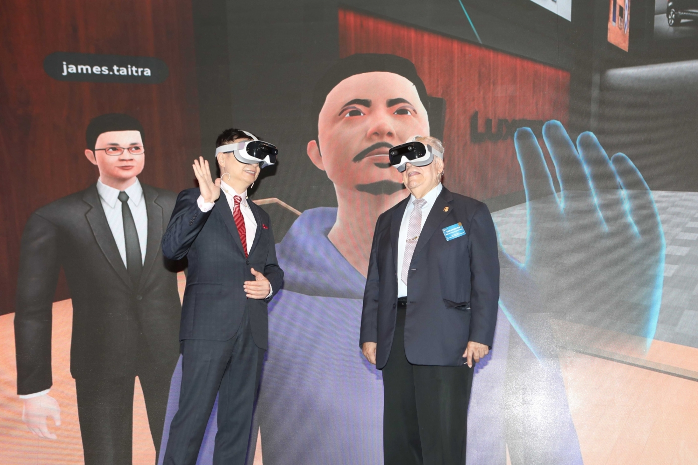 3成展場未來將閒置!與周永明XRSpace研發「虛擬展覽館」,50歲的貿協數位轉型怎麼拚?