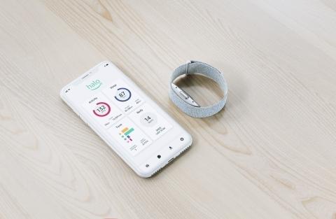 搶居家健身大餅,亞馬遜推出智慧手環Halo!但沒螢幕的它有什麼功能?