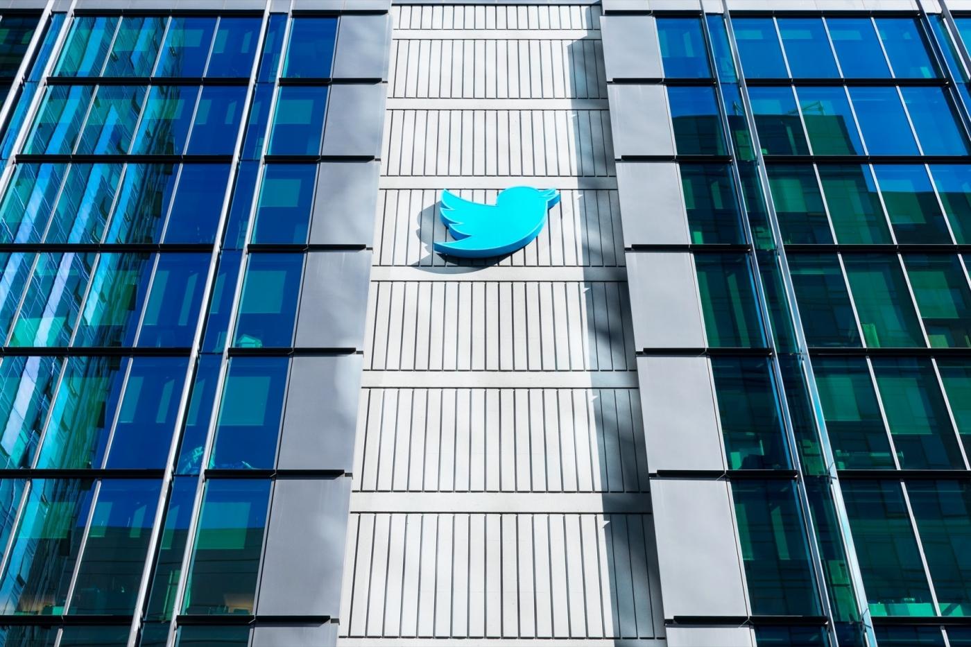 馬斯克、貝佐斯帳號他都盜!揭露Twitter史上最大駭客入侵案背後,17歲主謀的驚人騙術