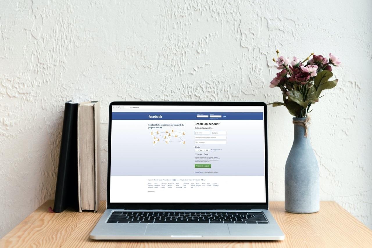 想念Facebook藍介面嗎?一款擴充套件讓你換回走入歷史的臉書經典版面設計