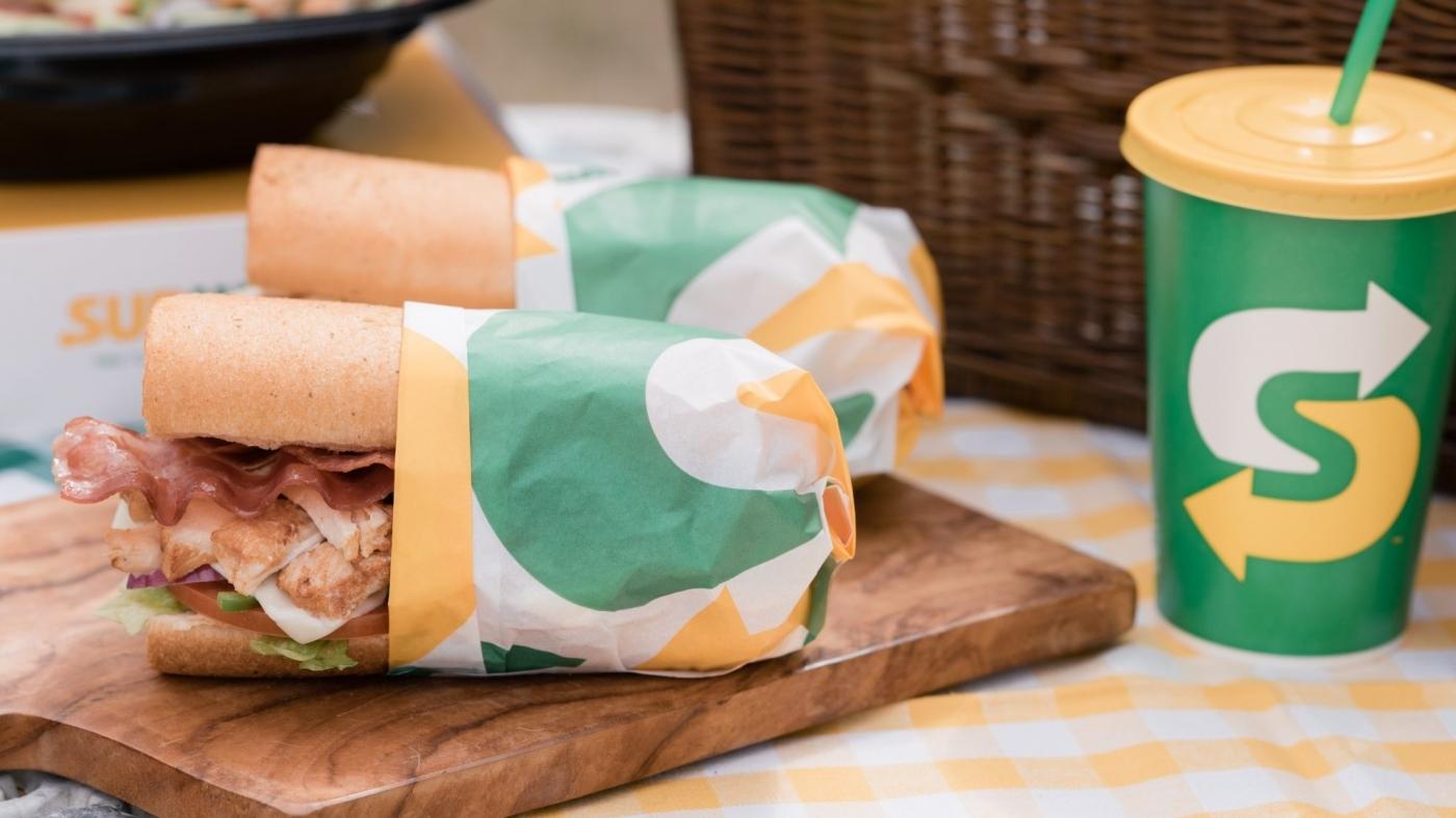 愛爾蘭法院宣判:Subway 的麵包其實「不是麵包」!背後的爭議是什麼