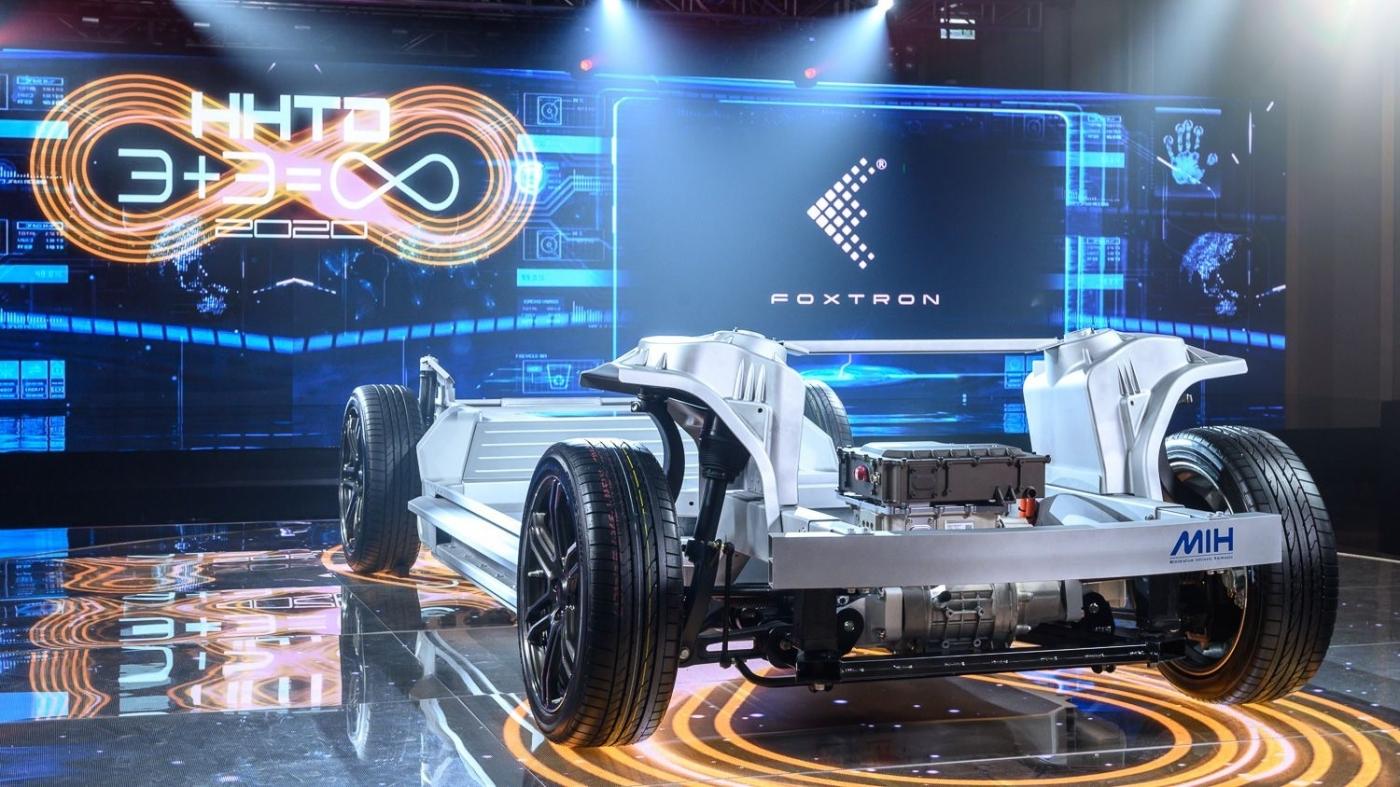 2021電動車將大爆發!造平台打群架,劉揚偉:未來車子一定便宜