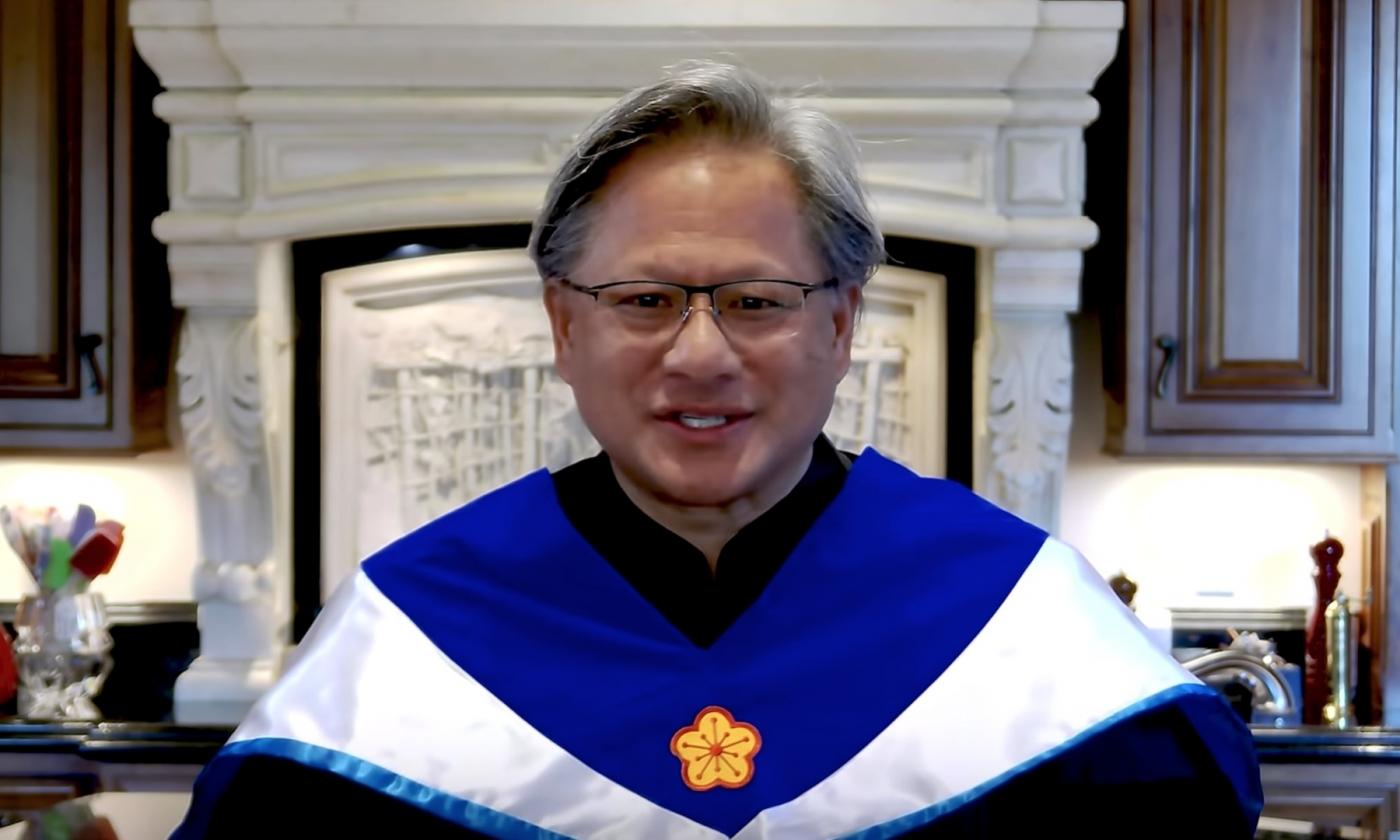 張忠謀親自錄影祝福!Nvidia執行長黃仁勳獲頒台大名譽博士學位