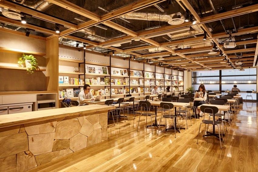 AI透視紙袋直接結帳、義大利麵到洗衣精都秤斤賣!東京最巨無印良品店還有什麼新梗?