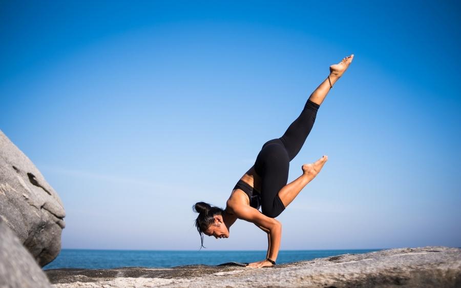 yoga-2587066_1280.jpg