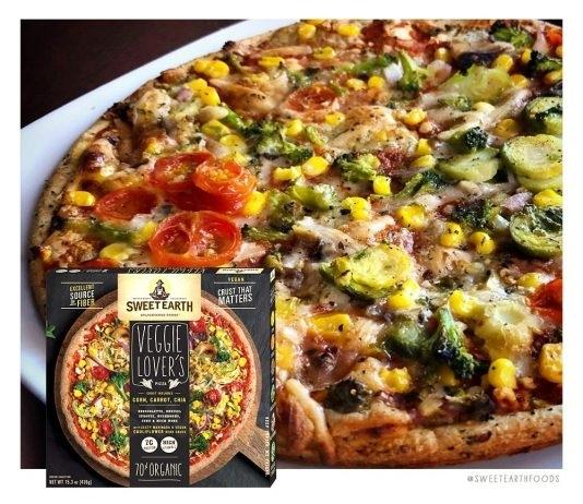 圖4-圖說:Sweet-Earth-Foods品項多元,也推出素食者可吃的Pizza。圖片來源:Sw
