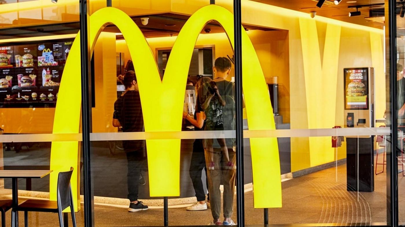 年投10億美元促「3D」升級!麥當勞拱門加速計畫,如何打敗速食業不景氣?