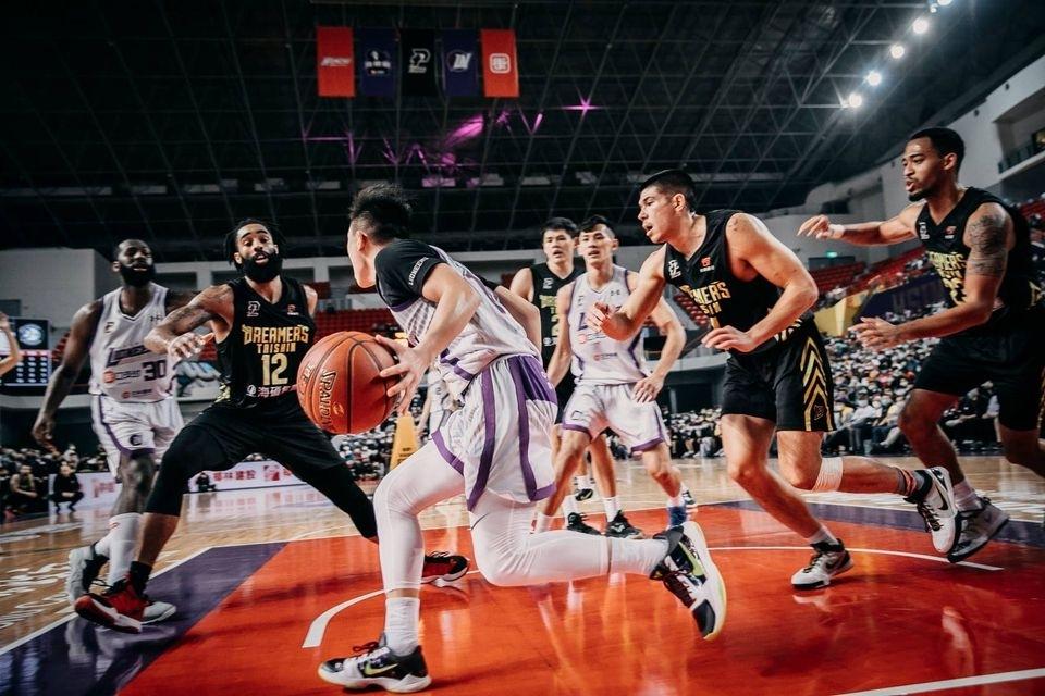 【劉奕成專欄】一起步就得分!新竹攻城獅品牌經營3策略,點燃你的籃球夢