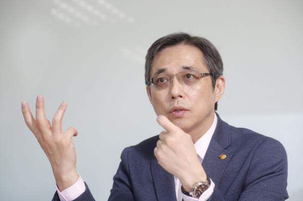 邱光隆_美廉社總經理_2021-01-21_侯俊偉攝影_ (6)