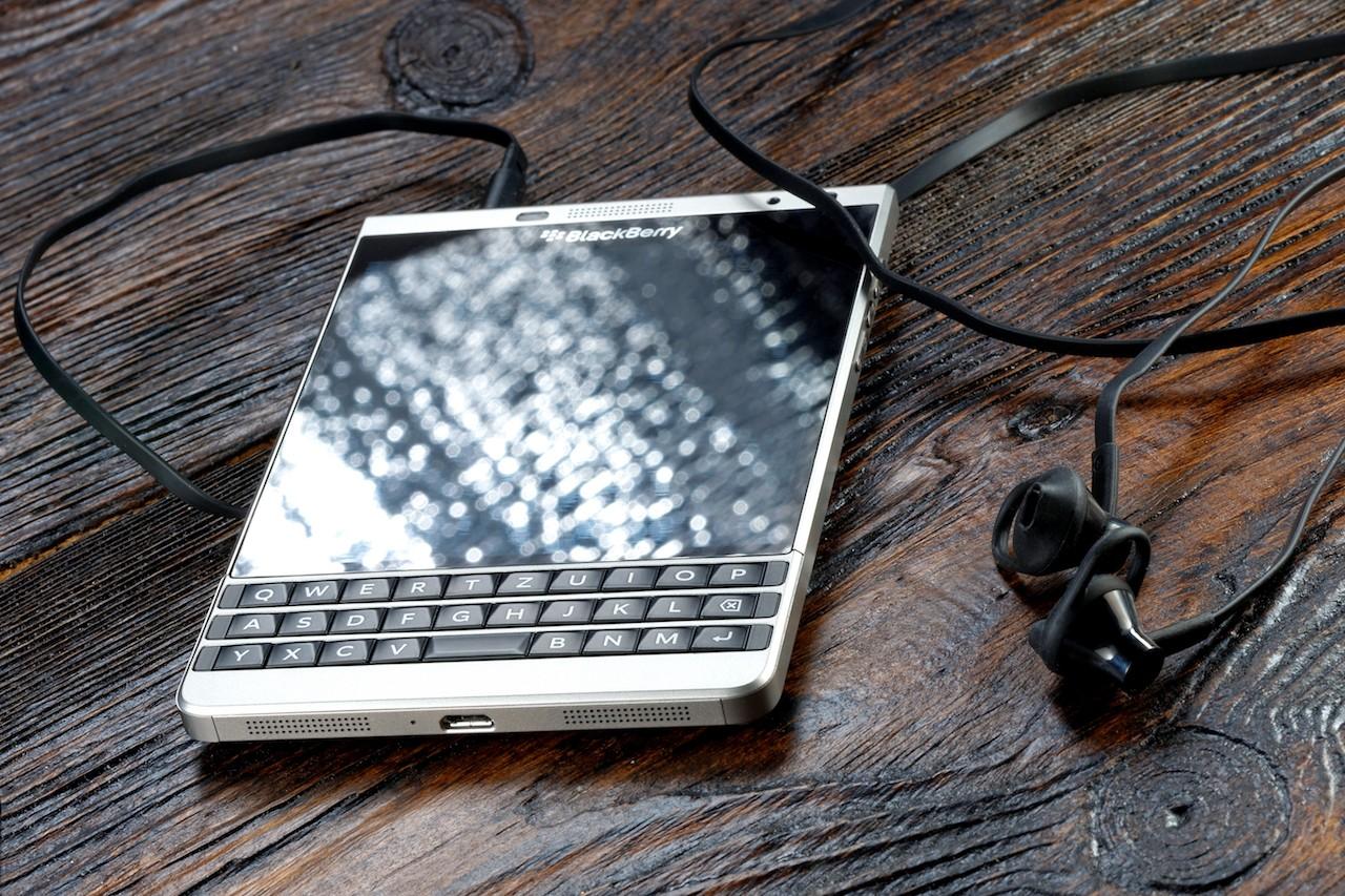 手機巨人華麗轉身,BlackBerry買下AI公司Cylance衝刺資安事業