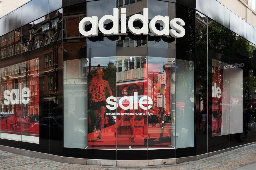 寶成鉅虧!Nike、adidas最大球鞋代工廠預警:消費者對運動鞋需求重挫